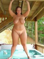Chubby Women Galleries